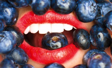 Blueberry-Lips-II_WEB-2000x1213.jpg